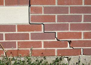 a foundation wall crack on a Maspeth home.